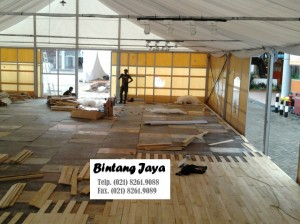 Flooring TENDA dengan menggunakan KAYU